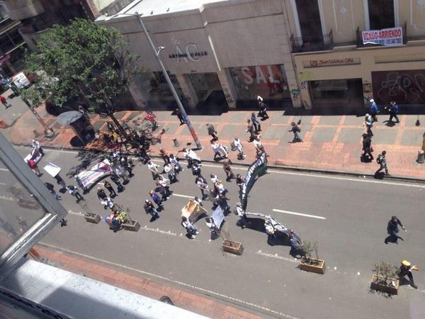 Enfrentamientos en marcha que el Uribismo hizo en Ibagué