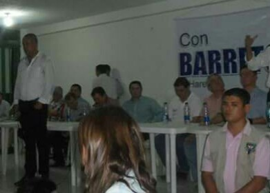 Candidato Barreto anda con Uribistas y los niega, y se acerca al partido de la U para que le ayuden en la fiscalía