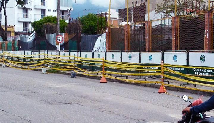 Comenzó a desplomarse escenarios de la calle 42 en Ibagué