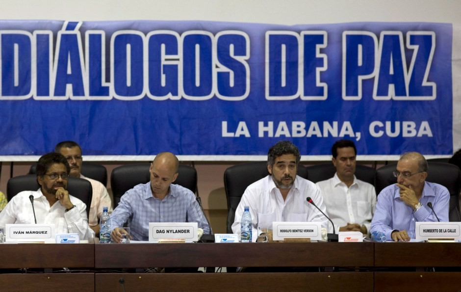 Paz de colombia  en la cuerda floja