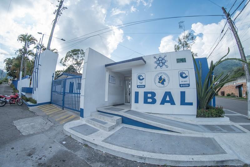 Sin un peso terminan contratistas del IBAL el 2017