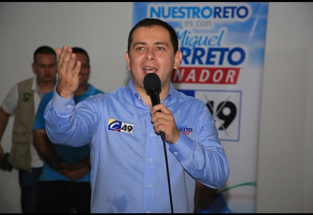 Suspender cobro del predial ya, pide congresista Barreto