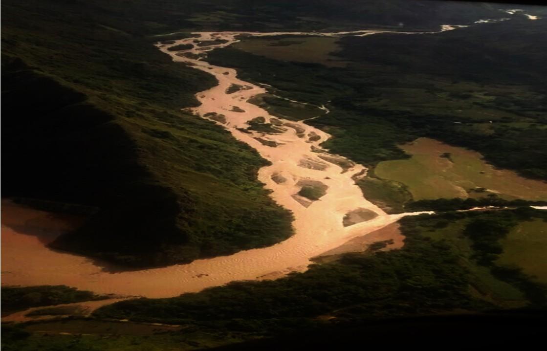 Avalancha del Río Cucuana  causo pánico en varios municipios del Tolima