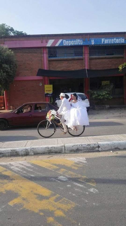 El llamativo matrimonio que paralizó un municipio del Tolima