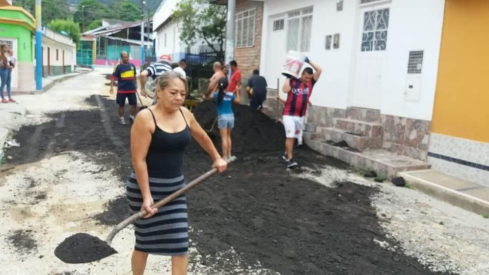 En este barrio se cansaron de las mentiras de la alcaldía de Ibagué