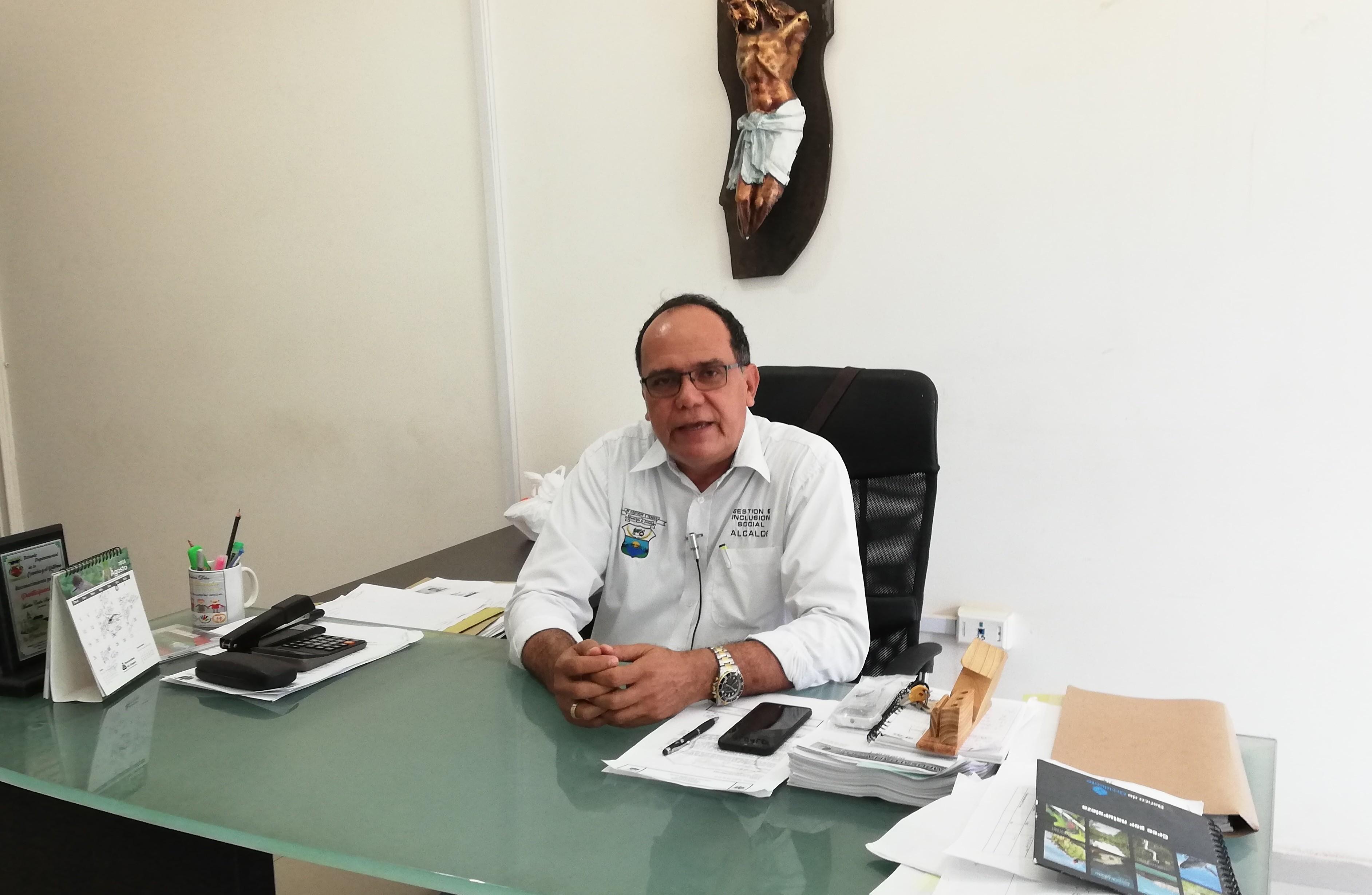 Con mentiras y anónimos atacan al alcalde de Saldaña