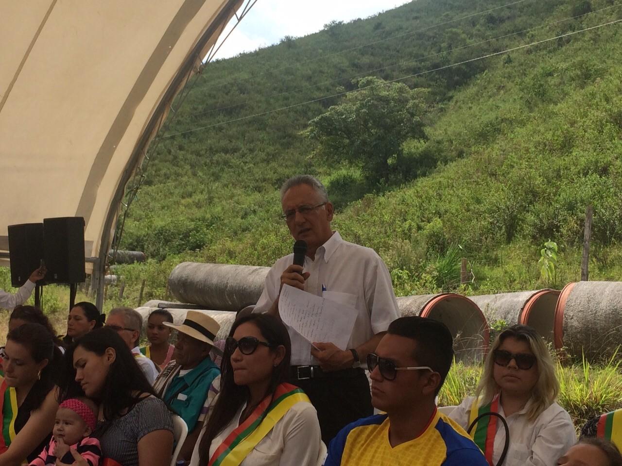 """""""Una mafia de políticos se tomo a Ibagué"""". Con esta dura frase lanzó la campaña a la alcaldía Guillermo Alfonso Jaramillo"""