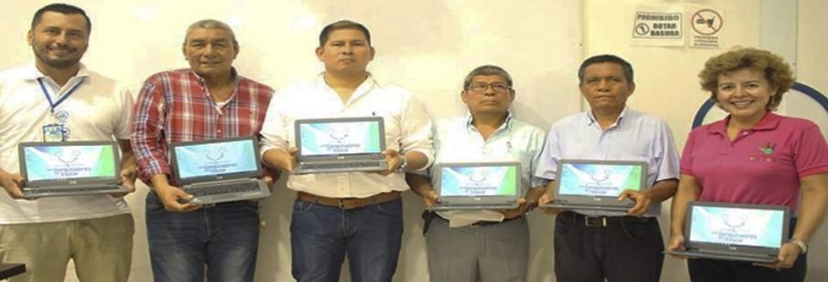 Alcalde de Natagaima entregó 30 Miniportatiles para educadores del muinicipio