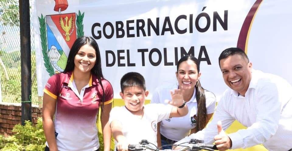 Indeportes y gobernación del Tolima hacen felices a los niños