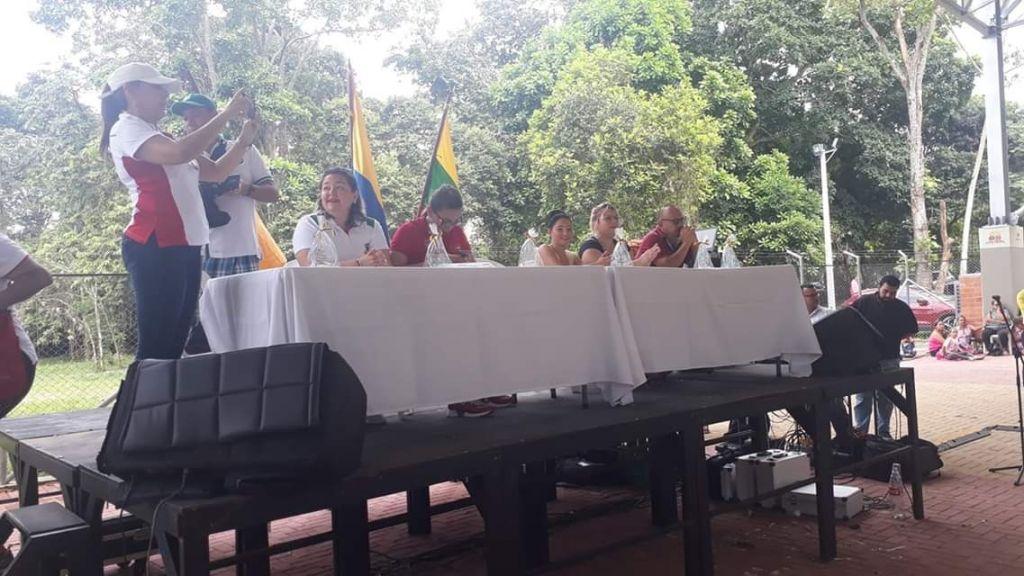 Fuerte choque entre docentes y secretaria de educación de Ibagué
