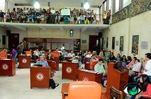 Descaro de contratista en Alcaldía de ibagué, habria montado sede política para apoyar a un candidato al concejo