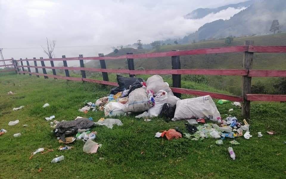 Santa Isabel se ahoga en las basuras: denuncia ciudadana