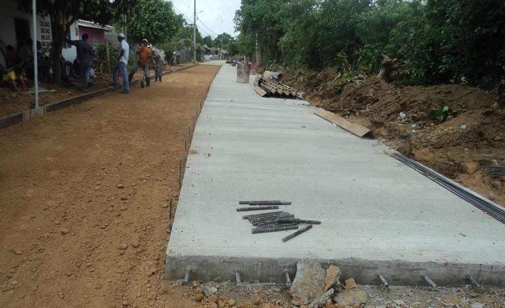 Gobernación del Tolima recupera vía Rovira Playarrica