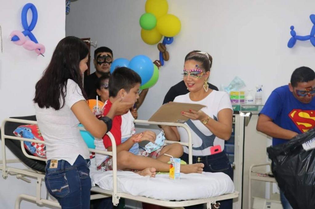 Niños hospitalizados en El Espinal también vivieron su día de dulces