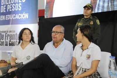 A mi me critican políticos mediocres: Oscar Barreto