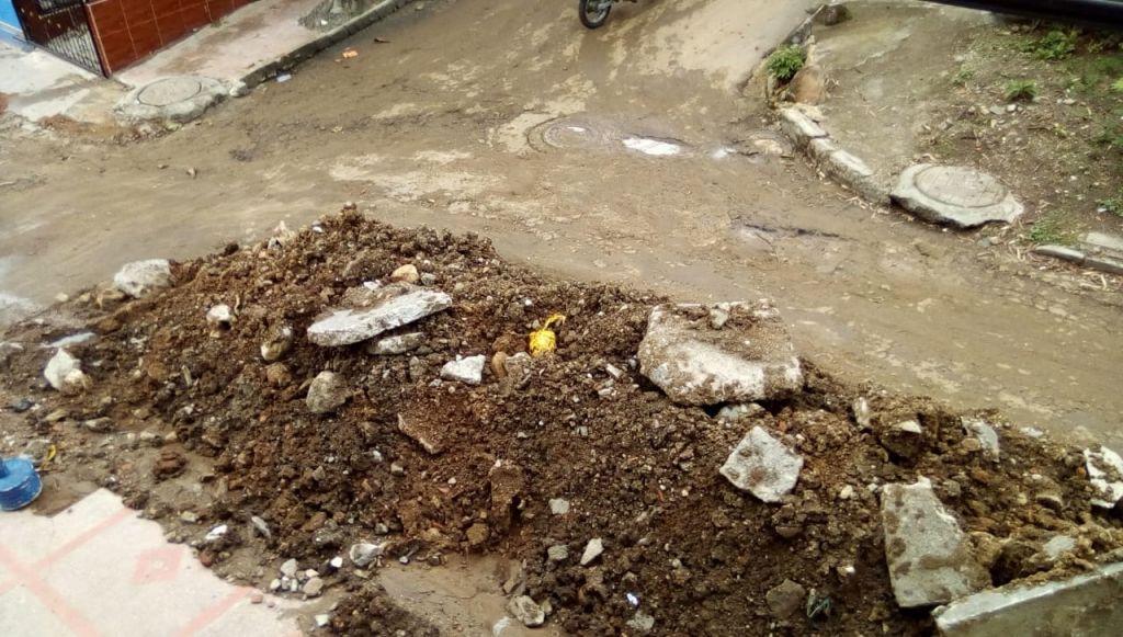 IBAL abandonó obra en barrio de Ibagué, y lo dejó bloqueado