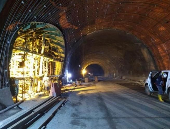 El coronavirus no detuvo obras en el túnel de la línea