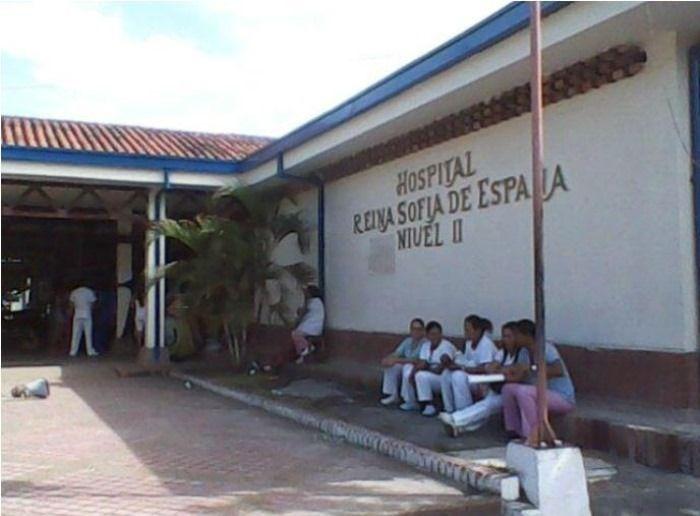 Ni sueldos, ni elementos para laborar en el hospital de Lerida
