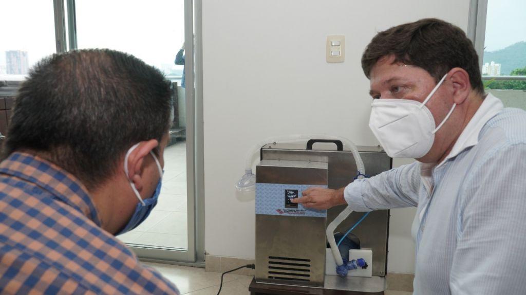 Respirador creado en cuarentena, para salvar vidas