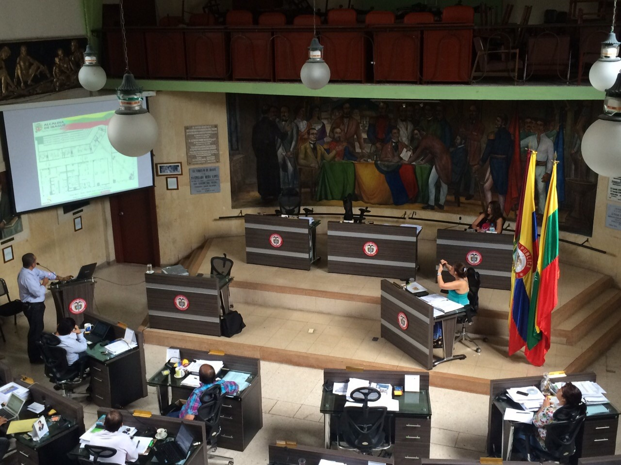 Entierro de quinta dan Concejales de Ibagué, a sesiones ordinarias