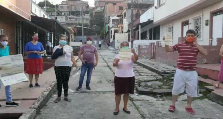 Protestan por pésimo servicio del IBAL, en barrios del sur de Ibagué