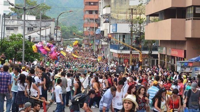 Cambian marcha carnaval, por reunión virtual, cosas del coronavirus