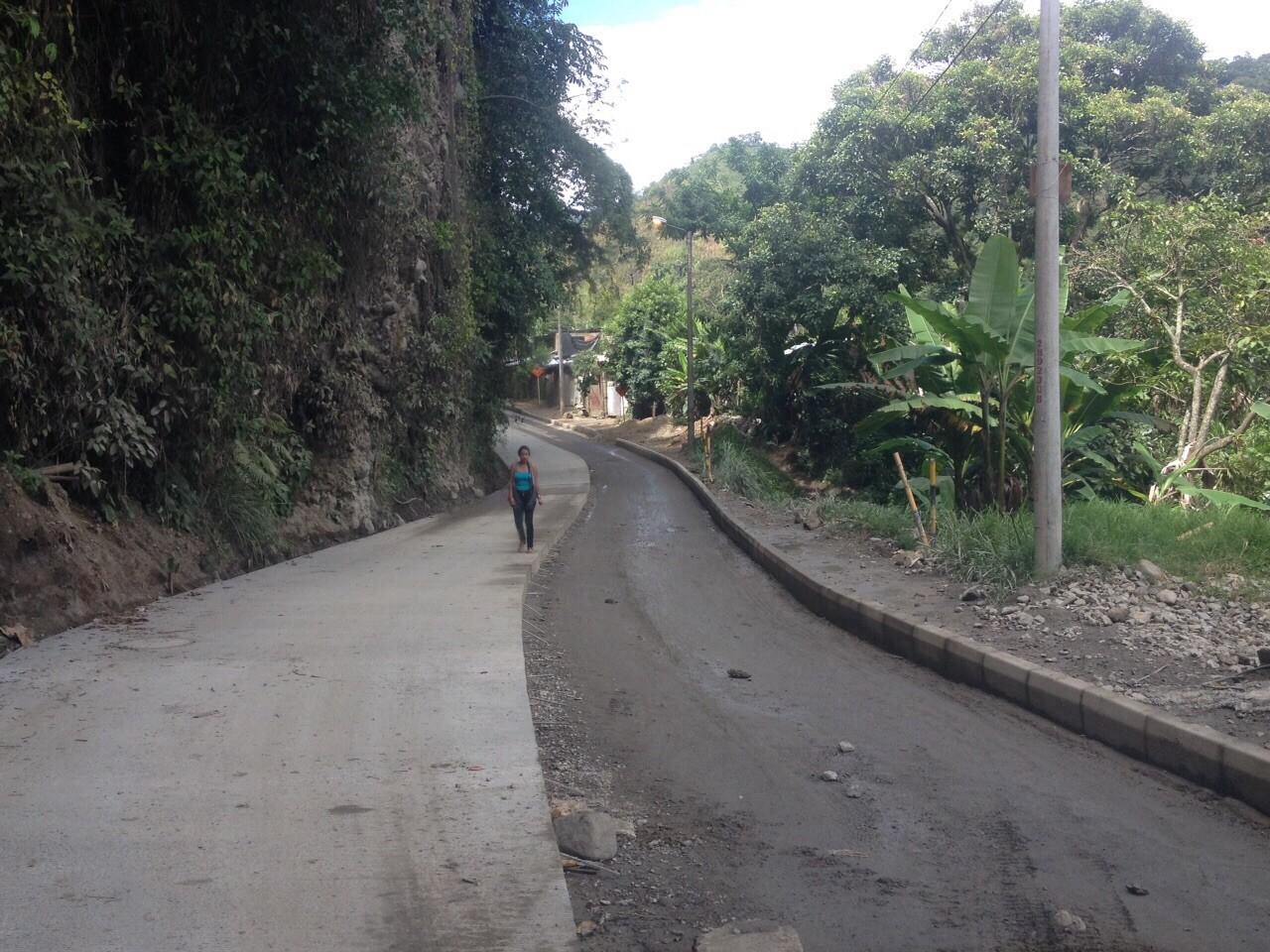 El viernes adjudican pavimentación de la vía La Vega-Juntas