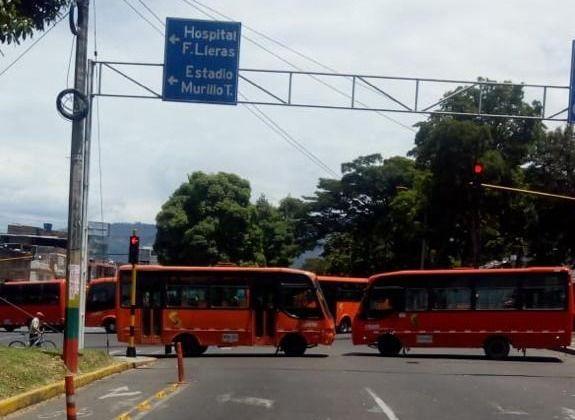 Si el lunes, no hay soluciones concretas, sigue paro del transporte