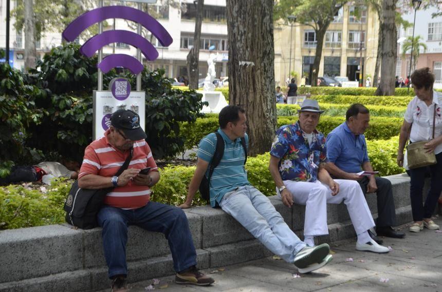 Mil millones de pesos, costarán zonas Wifi en Ibagué.