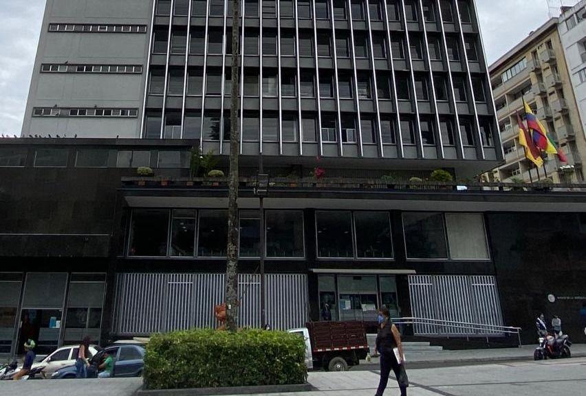 Cierran oficinas de la EDAT por casos de covid-19