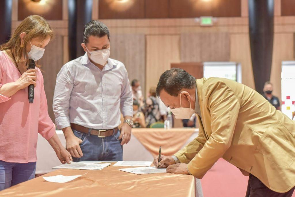 500 millones en convenios con juntas comunales en Ibagué