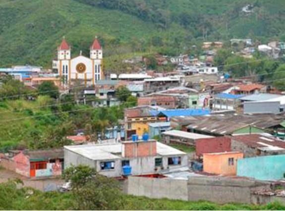 Alcalde de Palocabildo seguirá detenido y ordenan detener a su secregobierno