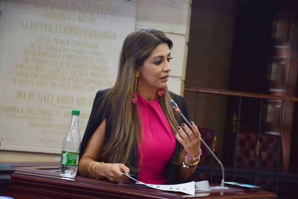 Congresista Matiz, lidera proyecto para coartar la libertad de expresión
