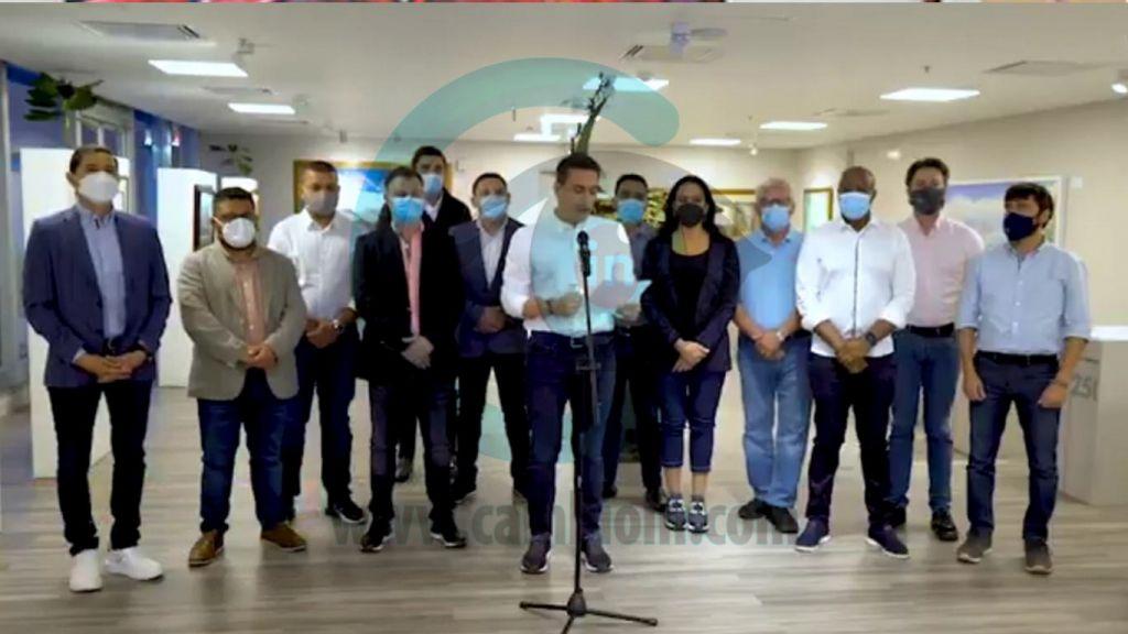 Hurtado, entre alcaldes investigados, por ver el partido Colombia-Argentina