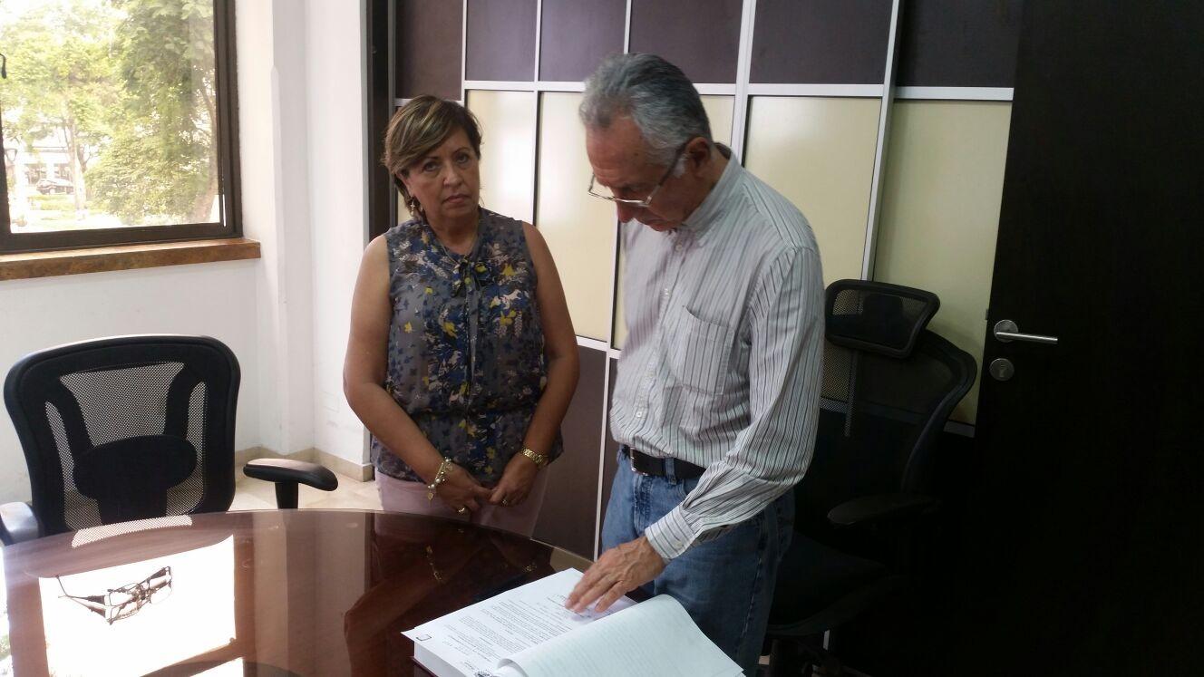 Secretaria de Educación de Jaramillo es acosadora de menores