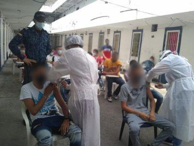 Procuraduría cuestiona vacunación en unas cárceles del Tolima