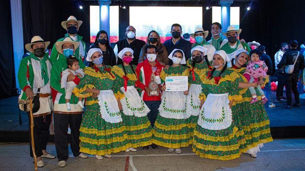 Grupo de la UT ganó concurso nacional de Danza Andina.
