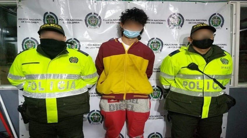 No pudo culminar su robo, la policía lo detuvo