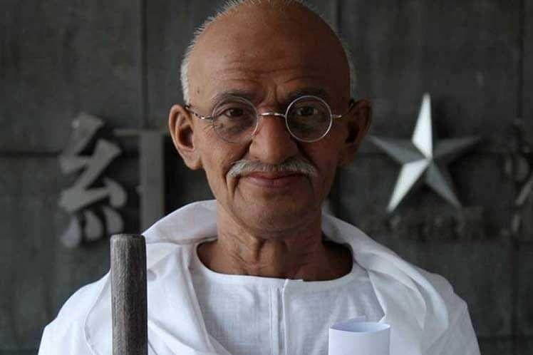 El 2 de Octubre Día Internacional de la No violencia, con Mahatma Gandhi y su lucha por la Igualdad y la Paz.