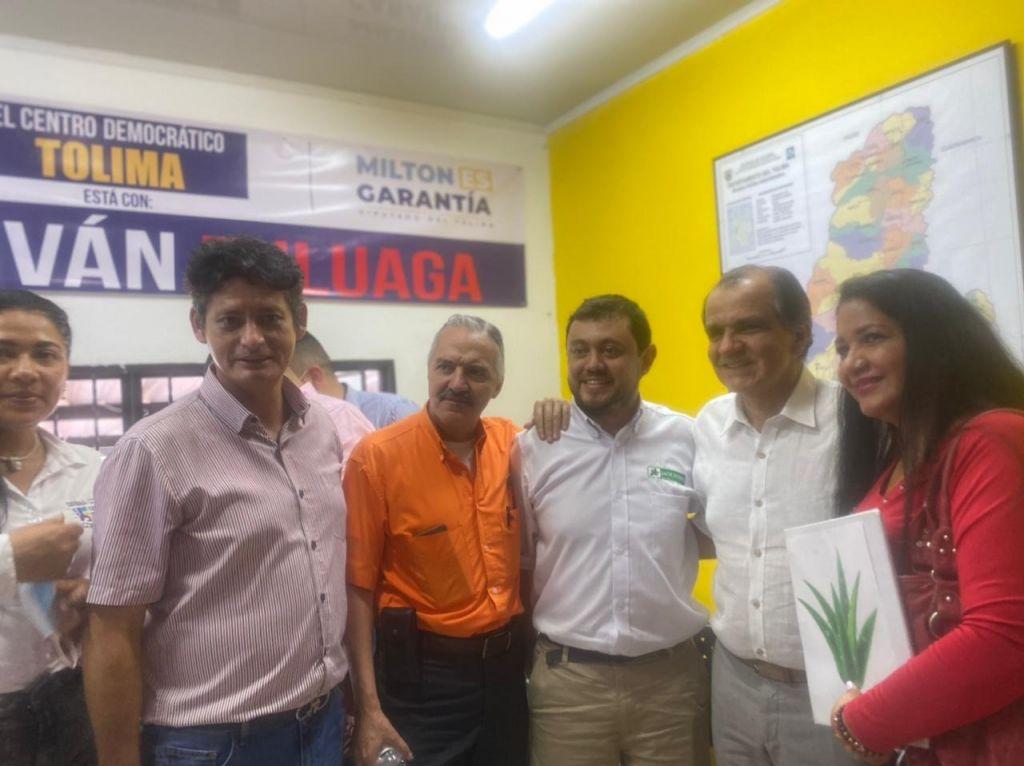 Funcionario público del Tolima, habría participado en política