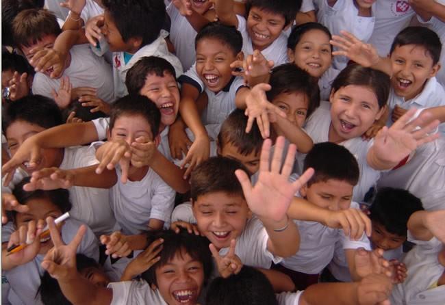 Alcalde de Ibagué tiene aguantando hambre a niños de escuelas
