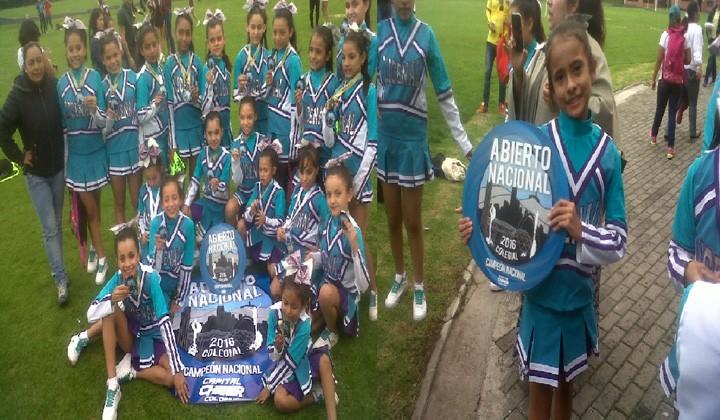 Colegio de Ibagué campeón nacional de porrismo en Bogotá