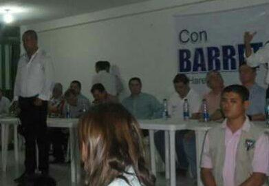 barreto_con_uribistas.jpg