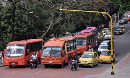 transporte_urbano._tomada_de_internet._cambioin.jpg