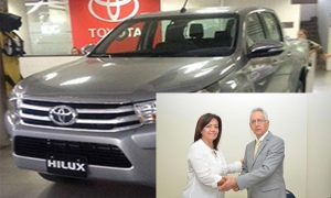 Camioneta Toyota Hilux 4x4, Yolanda Corzo. Cambioin